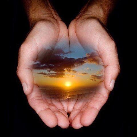 Hand or Earth